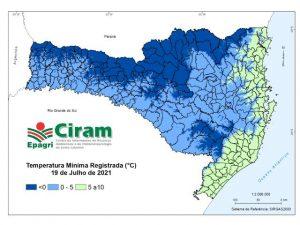 Read more about the article Frio e neve em Santa Catarina